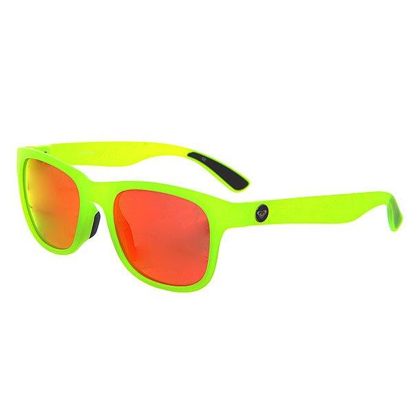Очки женские Roxy Runaway J Yellow/Ml RedСолнцезащитные очки<br>Ультра тонкие очки в сочном цвете.Технические характеристики: Мягкие сменные носовые упоры Megol®.Сменные дужки.Прочные линзы из поликарбоната.Покрытие против царапин.100% защита от ультрафиолетовых лучей.Линзы от Carl Zeiss Vision.<br><br>Размер EU: One Size<br>Цвет: зеленый,красный<br>Тип: Очки<br>Возраст: Взрослый<br>Пол: Женский