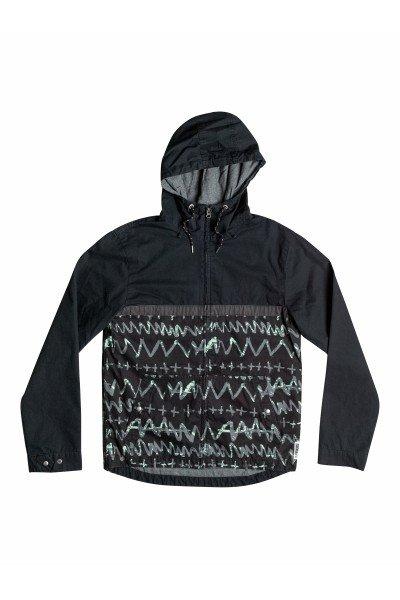 Куртка Quiksilver Carpark Allover BlackКуртки и Парки<br>Создать оригинальный образ вам поможет эффектная куртка, стилизованная под свитшот!  Преимущества:    Культовый дизайн.  Длинные рукава.  Регулируемая кулиска на подоле.  Воротник-стойка на молнии.  Капюшон на кулиске.<br><br>Размер EU: XXL<br>Цвет: черный,синий<br>Тип: Куртка<br>Возраст: Взрослый<br>Пол: Мужской