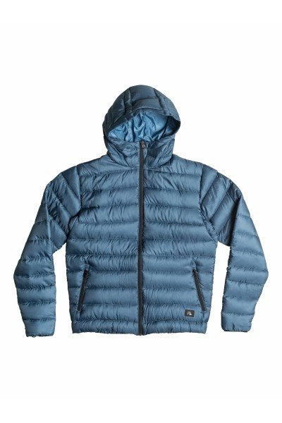 Пуховик Quiksilver Lian Down Dark DenimКуртки и Парки<br>Мужская куртка Quiksilver из зимней коллекции одежды.Характеристики:Верх из полиэстера. Внутренняя подкладка из тафты. Застежка – молния. Утепление – 90% пух, 10% перо (осень/зима). Два прорезных кармана для рук. Фасон – стандартный (regular fit).<br><br>Размер EU: L<br>Цвет: синий<br>Тип: Пуховик<br>Возраст: Взрослый<br>Пол: Мужской