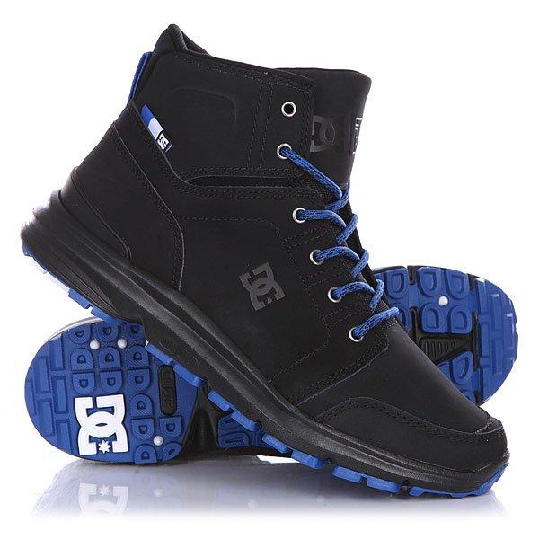Ботинки высокие DC Torstein Black/BlueОбувь<br>Эти ботинки созданы для комфортных прогулок по заснеженным улицам города. Крепкая, но гибкая подошва в сочетании с амортизирующей подошвой UNILITE™ составляют удобную для длительных прогулок колодку. Чистый дизайн носка с дополнительной прострочкой и высокая конструкция ботинка создают идеальный силуэт, сочетающийся с любым стилем одежды. Технические характеристики: Усиленный носок и пятка.Металлические люверсы.Подкладка - текстиль. Эргономичный язык со вставками.Ребристый цепкий протектор для предотвращения скольжения.Революционная резиновая подошва UNILITE™.<br><br>Размер EU: 44.5<br>Размер US: 11<br>Размер CM: 28.5<br>Размер EU: 43<br>Размер US: 10<br>Размер CM: 28<br>Размер EU: 42<br>Размер US: 9<br>Размер CM: 27<br>Размер EU: DC man B: 12us 46eur 29.25cm<br>Размер EU: 39<br>Размер US: 7<br>Размер CM: 25.5<br>Размер EU: 47<br>Размер US: 13<br>Размер CM: 30.5<br>Цвет: черный,синий<br>Тип: Ботинки высокие<br>Возраст: Взрослый<br>Пол: Мужской