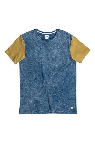 Футболка Quiksilver Box Trip Kttp Dark DenimФутболки и Майки<br>Летние футболки от Quiksilver - это единство спортивного духа и дизайнерской мысли, нацеленное на яркое самовыражение и комфорт.Технические характеристики: Короткие рукава.Свободный крой.Двухцветный дизайн.Ярлычок с логотипом.<br><br>Размер EU: S<br>Размер EU: XS<br>Размер EU: M<br>Цвет: синий,коричневый<br>Тип: Футболка<br>Возраст: Взрослый<br>Пол: Мужской
