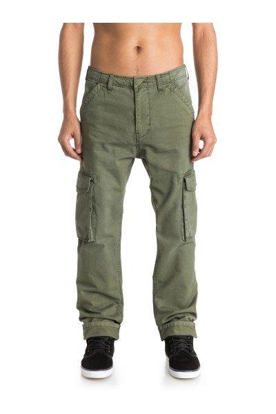 Штаны прямые Quiksilver Everyday Cargo Ndpt Dusty OliveБрюки<br>Брюки-карго Everyday от Quiksilver имеют прямой крой и множество удобных карманов, среди которых большие глубокие карманы с клапанами по бокам. Сшитые из хлопковой саржи, такие брюки будут удобны как для катания, так и для повседневной носки. Если Вам близок милитари-стиль с его функциональными предметами одежды, то эти брюки - идеальный кандидат на пост заслуженного любимца в Вашем повседневном гардеробе.Характеристики:Прямой крой. Ширинка на молнии и пуговице. Два передних и два задних кармана. Глубокие накладные карманы сбоку с клапанами. Петли для ремня. Плотность ткани: 227 г/кв. м.<br><br>Размер EU: W30<br>Цвет: зеленый<br>Тип: Штаны прямые<br>Возраст: Взрослый<br>Пол: Мужской