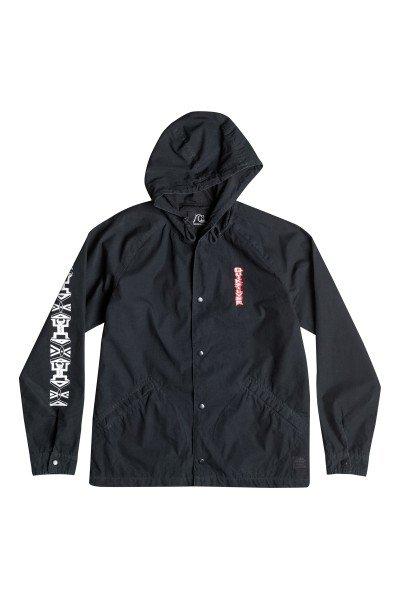 Куртка Quiksilver Gate Way Coach Jk AnthraciteКуртки и Парки<br>Легкая куртка из новой коллекции Quiksilver Весна-лето.Характеристики:Капюшон на шнуровке. Застежка на кнопках.Эластичные манжеты на рукавах. Прорезные карманы для рук.<br><br>Размер EU: XXL<br>Размер EU: L<br>Размер EU: S<br>Цвет: синий<br>Тип: Куртка<br>Возраст: Взрослый<br>Пол: Мужской