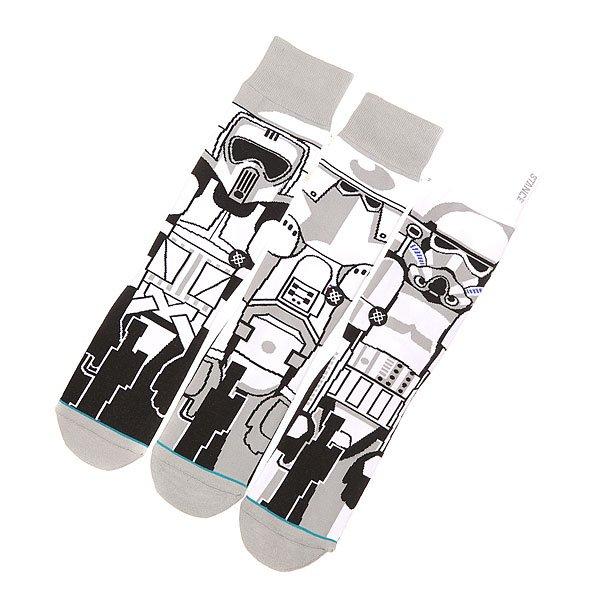 Носки средние Stance Starwars TrooperНоски<br>Легендарный дизайн в стиле Звездные войны в классических носках из премиум хлопка. Достойная пара, чтобы спасти галактику!Технические характеристики: Усиленный носок и пятка для дополнительной прочности.Саморегулирующаяся манжета.Анатомическая форма.Логотип Stance.<br><br>Размер EU: L<br>Размер EU: M<br>Цвет: мультиколор<br>Тип: Носки средние<br>Возраст: Взрослый<br>Пол: Мужской