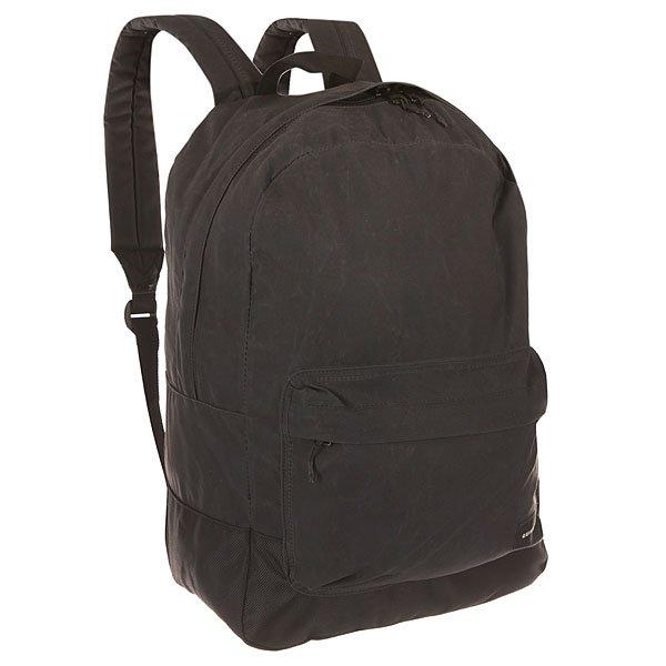 Рюкзак городской Quiksilver Night Track Kvaw Oldy BlackРюкзаки и Сумки<br>Практичный городской рюкзак со свободной организацией пространства с карманом для ноутбука для дополнительного удобства.Технические характеристики: Большое основное отделение.Внутренний отсек для ноутбука 15.Передний карман на молнии.Мягкие лямки.Логотип Quiksilver.<br><br>Размер EU: 15 л.<br>Цвет: черный<br>Тип: Рюкзак городской<br>Возраст: Взрослый<br>Пол: Мужской