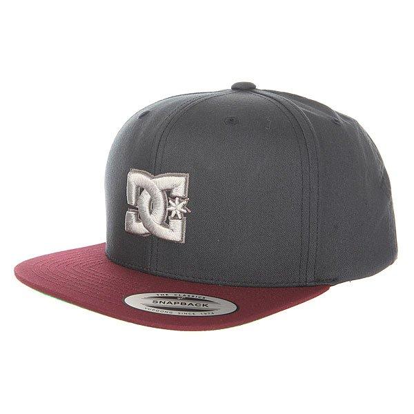 Бейсболка с прямым козырьком DC Shoes Snappy Hats Licorice