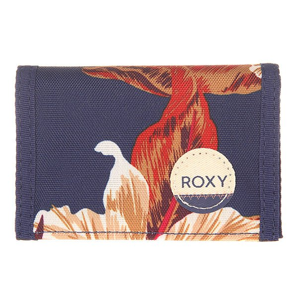 Кошелек женский Roxy Small J Wllt Castaway Floral BlueКошельки<br>Маленький складной кошелек для женщин в ярком дизайне от Roxy.Технические характеристики: Маленький размер.Текстиль с принтом.3 секции.Карман для монет на молнии.Слоты для карточек.Отделение для купюр.Застежка на липучке Velcro.Нашивка с логотипом Roxy.<br><br>Размер EU: One Size<br>Цвет: синий<br>Тип: Кошелек<br>Возраст: Взрослый<br>Пол: Женский