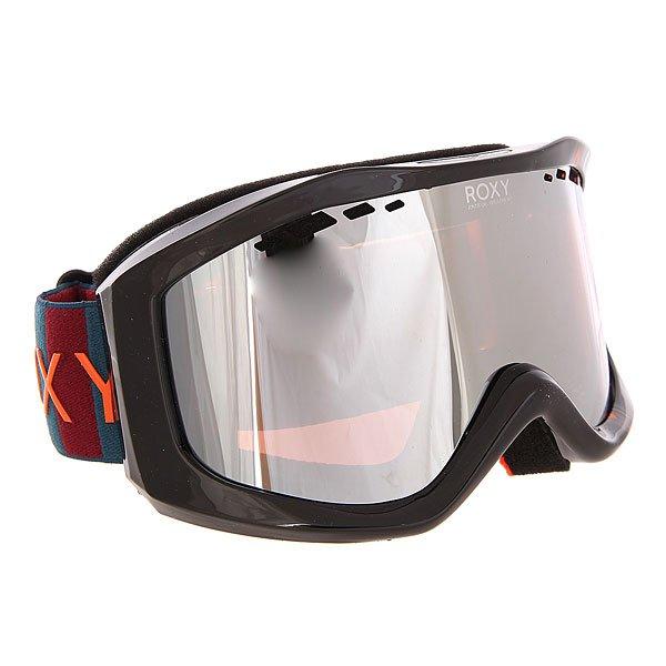 Маска для сноуборда женская Roxy Sunset Pack Ethnikstripe LegionМаски<br>Необычный дизайн масок Sunset Art Series от Roxy сразу привлекает к себе внимание.Характеристики:Яркие, стильные, оригинальные маски обладают ударопрочной сферической линзой с 3D сетчатыми фильтрами, которая обеспечивает широкое поле зрения, сводит к минимуму искажения. Также линза на 100% защищает от ультрафиолетового излучения. Антифоговое покрытие не дает маске запотевать изнутри.Прочная оправа выполнена из полиуретана для обеспечения комфортной посадки и обладает отличной системой вентиляции. Широкий регулируемый ремешок с накладкой против скольжения.<br><br>Размер EU: One Size<br>Цвет: черный<br>Тип: Маска для сноуборда<br>Возраст: Взрослый<br>Пол: Женский