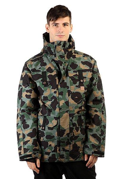Куртка DC Servo Camouflage LodgeКуртки и Парки<br>Утепленная сноубордическая куртка с мембраной 15000 на 10000, а также с большим количеством фирменных фишек DC. Данная куртка отдалённо напоминает олдскульные военные куртки по крою и расположению карманов и, надо сказать, что это очень удобный крой. А еще у неё прочная внешняя ткань, манжеты из лайкры и удобный регулируемый капюшон. Характеристики:Влагостойкая ткань Exotex 15K (15 000 мм. / 10 000 г.). Утеплитель 80гр тело и 40гр рукава. Стандартный крой. Проклеенные швы. Вентиляция закрытая сеткой. Снегозащитная юбка. Капюшон с регулировками. Внутренние манжеты из лайкры. Регулируемые манжеты на липучке.Капюшон с козырьком. Карман на молнии на рукаве для ски-пасса.Нагрудные карманы на кнопках. Передние карманы на кнопках сверху и на молнии сбоку. Перекрестные швы на спине. Внутренний сетчатый карман. Медиа-карман. Подкладка из тафты.<br><br>Размер EU: S<br>Размер EU: L<br>Размер EU: XS<br>Размер EU: XL<br>Размер EU: M<br>Цвет: зеленый,черный,коричневый<br>Тип: Куртка утепленная<br>Возраст: Взрослый<br>Пол: Мужской