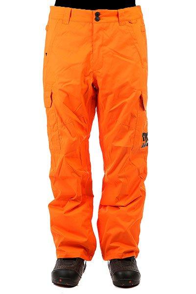 Штаны сноубордические DC Banshee Celosia OrangeШтаны<br>Сноубордические штаны с карманами-карго и мембраной 10000 на 5000. На самом деле, эта модель уже давно присутствует в коллекциях компании DC и пользуется большой популярностью благодаря шикарному соотношению цены и качества. Проклеенные швы, немного утеплителя (40 г) и эргономичный крой - все это позволит Вам кататься в них с комфортом в любую погоду и в любом месте.Характеристики:Влагостойкая ткань Exotex 10K. Стандартный крой. Проклеенные критические швы. Сетчатая подкладка в зонах вентиляции.Подкладка из тафты. Снегозащитные гетры. Встроенная регулировка талии. Застежка на пуговицах. Крючок на манжете для крепления к ботинку. Петли для крепления штанов к куртке. Карманы для рук на молнии. Эргономичный крой в районе коленей. Два вместительных боковых кармана. Два задних кармана на липучке Velcro.<br><br>Размер EU: XL<br>Размер EU: M<br>Размер EU: L<br>Размер EU: XS<br>Размер EU: S<br>Цвет: оранжевый<br>Тип: Штаны сноубордические<br>Возраст: Взрослый<br>Пол: Мужской