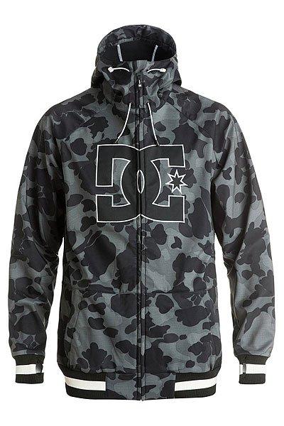 Куртка DC Spectrum Camouflage Lodge GreКуртки и Парки<br>Легкая куртка, выполненная из влагостойкой ткани Exotex 10K, станет отличной альтернативой теплой куртке для катания жарким весенним днем. Удобные эластичные манжеты с прорезью для большого пальца и снегозащитная юбка не позволят снегу попасть под одежду. Вместительные карманы для рук на молнии и внутренний сетчатый карман позволят захватить с собой необходимые мелочи. DC Spectrum может стать универсальной курткой как для городских путешествий, так и для покорения склонов благодаря своему классическому дизайну, не обремененному лишними деталями.Характеристики:Влагостойкая ткань Exotex 10K(10 000 мм / 10 000 г). Теплая трикотажная подкладка. Прямой крой. Снегозащитная юбка.Капюшон с 2 вариантами регулировки. Вышитый логотип DC на груди. Два кармана для рук на молнии. Отверстия для большого пальца в манжетах. Контрастные эластичные манжеты и подол. Внутренний сетчатый карман. Медиа-карман в кармане для рук. Коллекция Foundation.<br><br>Размер EU: S<br>Размер EU: L<br>Размер EU: XS<br>Размер EU: M<br>Размер EU: XL<br>Цвет: черный,серый<br>Тип: Куртка утепленная<br>Возраст: Взрослый<br>Пол: Мужской