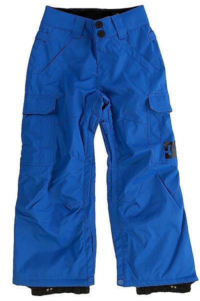 Штаны сноубордические детские DC Banshee Nautical BlueСноуборд<br>Детские сноубордические штаны, в которых есть всё необходимое для комфортного самочувствия Вашего ребёнка во время катания, независимо от погодных условий. Водонепроницаемая мембранная ткань Exotex 10K и утеплитель 80г защитят от снега, влаги и холода. Как и во взрослых моделях, штаны имеют систему внутренней регулировки талии и систему вентиляции на молниях с внутренней стороны бедер.Характеристики:Влагостойкая ткань Exotex 10K (10 000 мм. / 5 000 г.). Классический крой. Утеплитель 80 г. Подкладка из тафты. Проклеенные критические швы. Сетчатые вставки для вентиляции с внутренней стороны. Снегозащитные гетры с влагостойкой обработкой DWR. Встроенная регулировка талии. Застежка на пуговицах. Крючок на манжете для крепления к ботинку. Петли для крепления штанов к куртке. Карманы для рук на молнии. Два вместительных боковых кармана. Два задних кармана на липучке Velcro.<br><br>Размер EU: 8yrs<br>Цвет: синий<br>Тип: Штаны сноубордические<br>Возраст: Детский