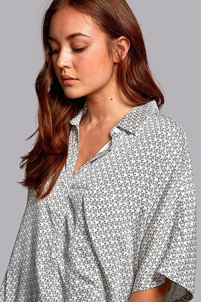 Жен./Одежда/Рубашки/Рубашки с коротким рукавом Рубашка Decay