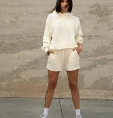 Белый женские шорты old school